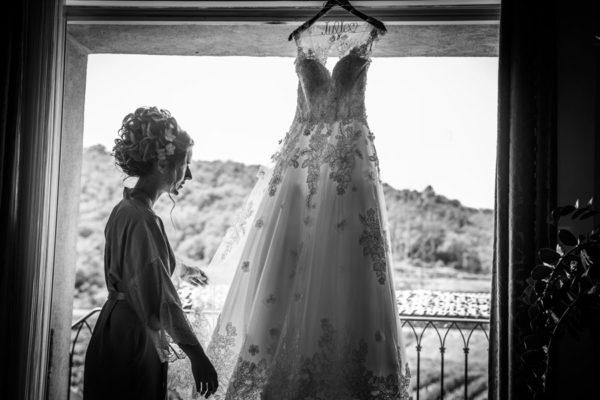preparatifs de mariage robe